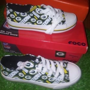 Green Bay Packers Women's Low Top shoes size 6